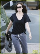 Mandy Moore Leaving a Salon in West Hollywood 10/26/11