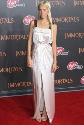 Изабель Лукас, фото 547. Isabel Lucas 'Immortals 3D' Los Angeles premiere at Nokia Theatre L.A. Live on November 7, 2011 in Los Angeles, California, foto 547