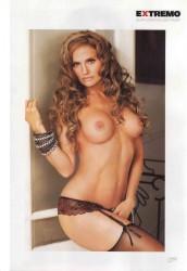 Aura Cristina Geithner desnuda H Extremo Mayo 2011 [FOTOS] 18