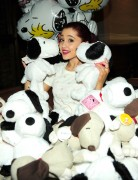 Ариана Гранде, фото 414. Ariana Grande Valentine Twitter party in Los Angeles - February 8, 2012, foto 414