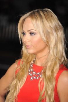 Лаура Вандервуд, фото 270. Laura Vandervoort - This Means War premiere in Hollywood - 8 Feb (HQ), foto 270