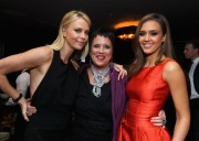 Шарлиз Терон, фото 6138. Charlize Theron - V-Day Cocktails and Conversation with Eve Ensler, february 21, foto 6138