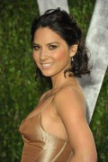 Оливия Манн, фото 1472. Olivia Munn 2012 Vanity Fair Oscar Party - February 26, 2012, foto 1472